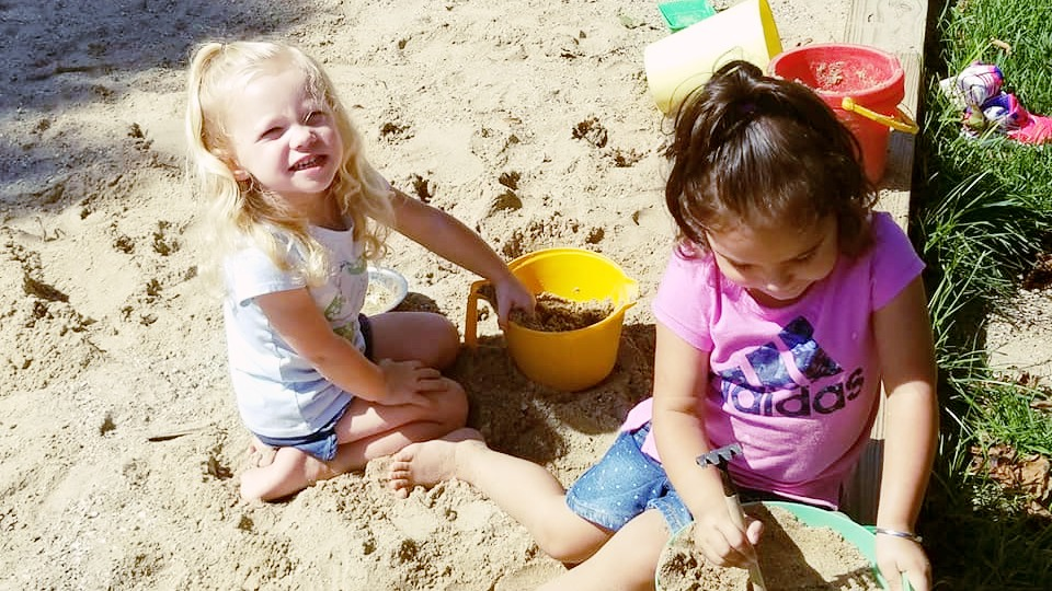 PLAYING IN SAND SUMMER CAMP